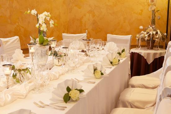 Viesbutis Sfinksas : Restaurant