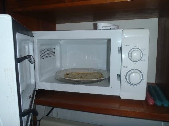 Seven Seas Resort: Rm 2  We found this tortilla in the microwave... it wasn't ours