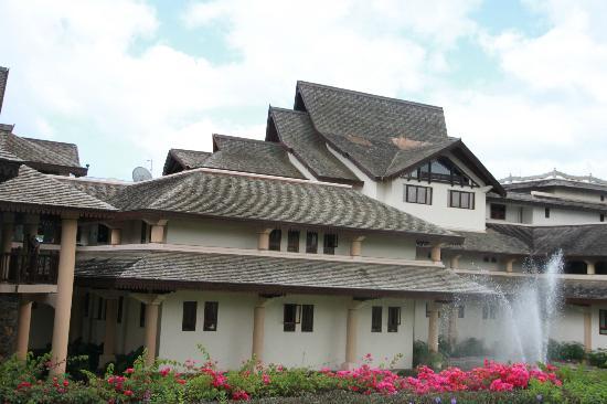 Sofitel Mauritius L'Imperial Resort & Spa: Sofitel Front view