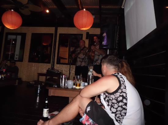 Banzai Sushi Bar : Live Music