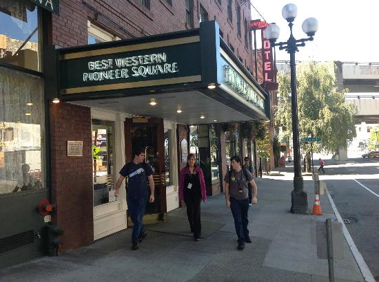 Best Western Plus Pioneer Square Hotel: Yesler Street entrance