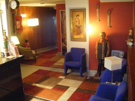 Hotel Cardena: Recepción