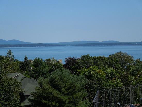 Bluenose Inn - A Bar Harbor Hotel: Water View from Looking Glass restaurant