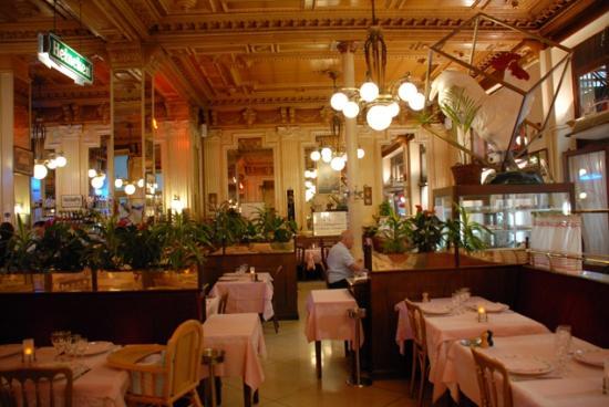 La salle photo de le francais bourg en bresse tripadvisor - Cuisine bourg en bresse ...