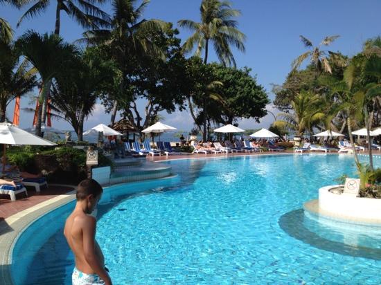 Prama Sanur Beach Bali: grote zwembad
