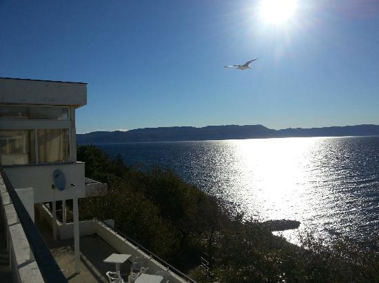Valamar Girandella Resort: Vue du restaurant 2