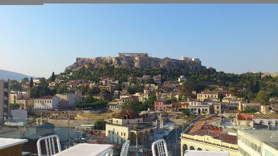 A for Athens: vue depuis le toit bar