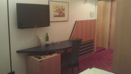 Carat Hotel Erfurt: Work Area