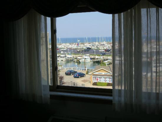 Holiday Inn Port Washington: View looking toward Lake Michigan