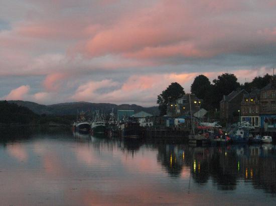 Struan House: Tarbert harbour