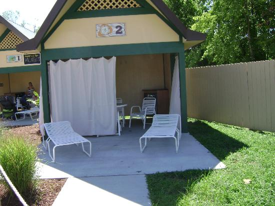 Holiday World & Splashin' Safari : Cabana!