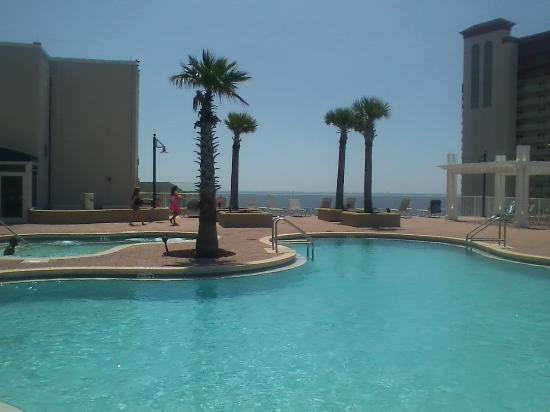 Laketown Wharf Resort: 1 of 5 pools (this one located on the 10th floor)