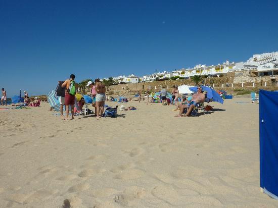 Praia da Luz: To the right