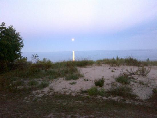 Square Rigger Lodge: Moonrise over Lake Michigan