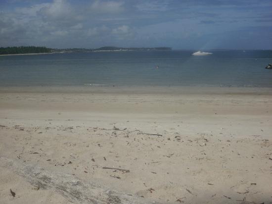 Carneiros Beach: x