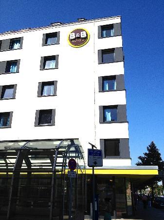 B&B Hotel Nuernberg-City: Снаружи отеля