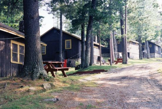 ‪‪Brekke's Fireside Resort‬: A few of the cabins