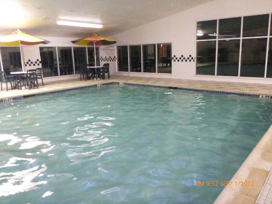 Country Inn & Suites By Carlson, Lancaster (Amish Country): Pool