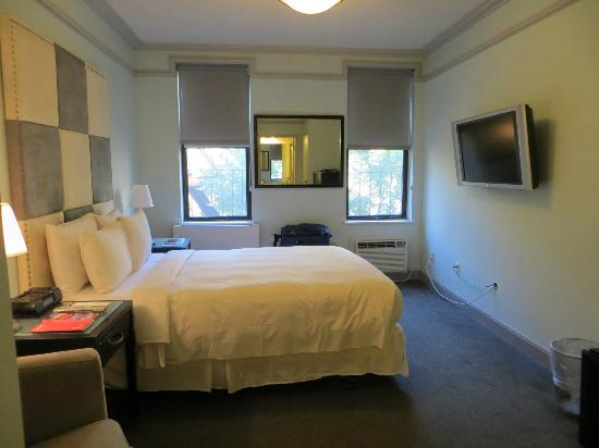 414 Hotel: Room 304
