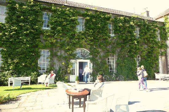 Ballymaloe House Hotel: A lovely Sunday in Shanagarry.
