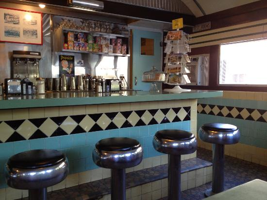Birdseye Diner: Carefully restored details!