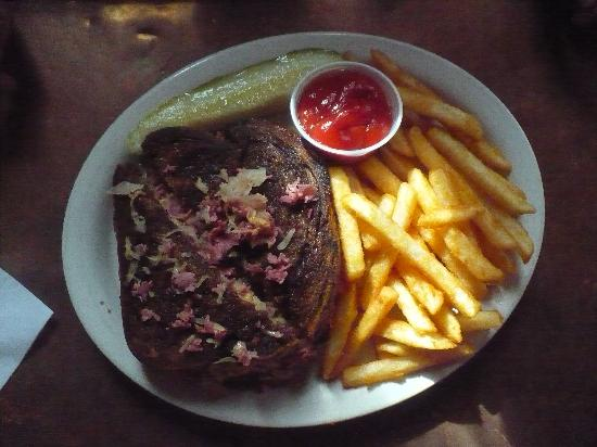 Manassas, VA: Reuben and Fries