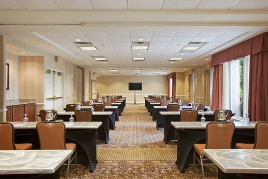 Hilton Garden Inn Chicago Oakbrook Terrace Il Review Hotel Perbandingan Harga Tripadvisor
