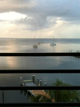 Anchorage Resort & Yacht Club: Wake up view from the bed with door open