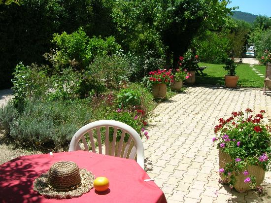 Domaine de l'Aufrene : Beautiful gardens