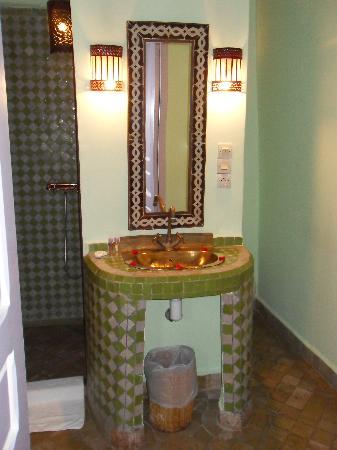 Riad Casa Lila : Salle de bain