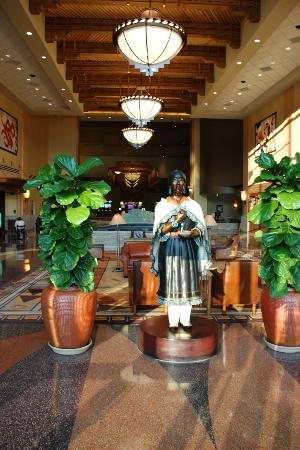 Sandia Casino & Resort: Lobby