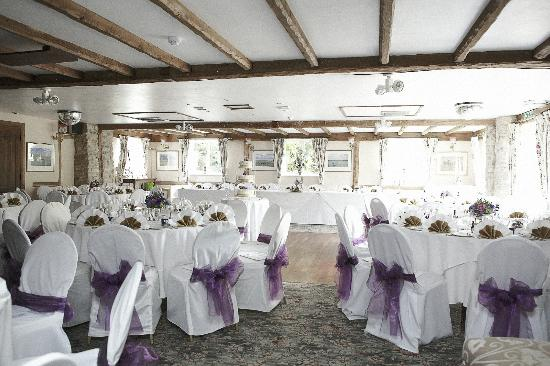 The Inglenook Hotel & Restaurant: The room before the guests arrived