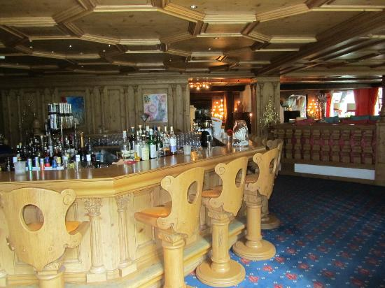 Hotel Alpenhof: Bar
