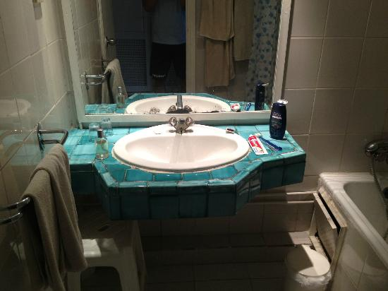 Nerolia Hotel & Spa : bathroom