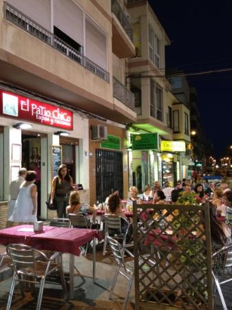 El patio chico torrevieja restaurantanmeldelser for Patio chico