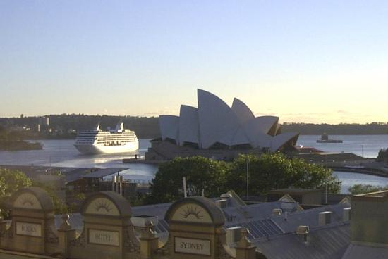 Rendezvous Hotel Sydney The Rocks: The Opera House view from my veranda.