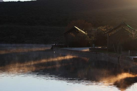 Buffelsdrift Game Lodge: The sun is coming
