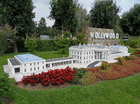 Minimundus: casa bianca+collina di holliwood