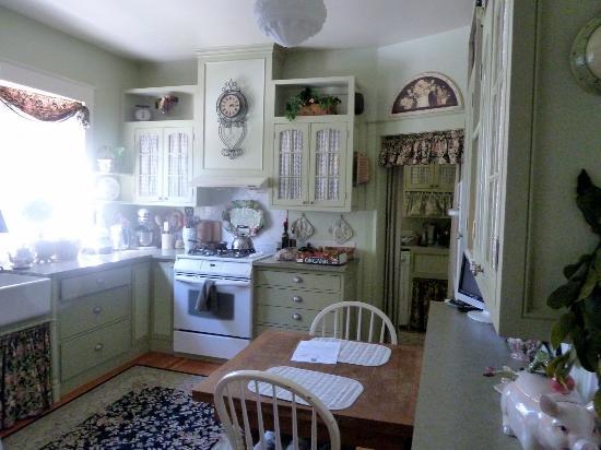 Briar Rose Inn: Gorgeous kitchen