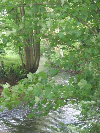 Aire-sur-la-Lys, Frankrike: Garden + river
