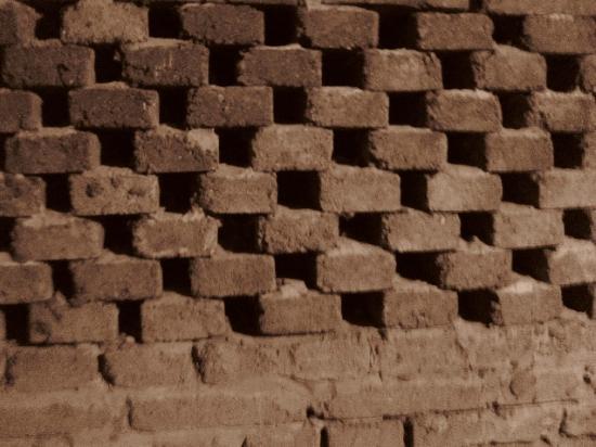 Tabor Tunnels : brick wall