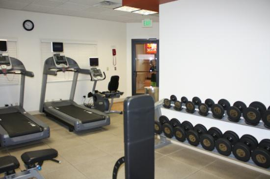 DoubleTree Suites by Hilton Hotel Salt Lake City: Fitness Room