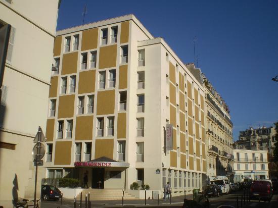 Room Picture Of Belambra City Hotel Magendie Paris