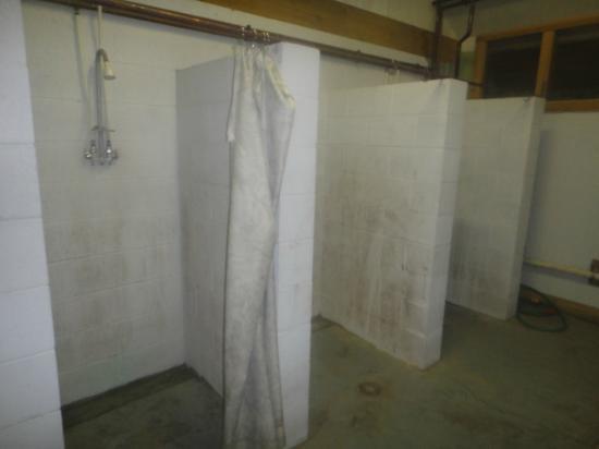 Broken Arrow Wilderness: mildewed shower stalls