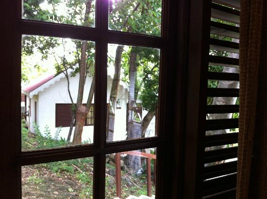 Ti Kaye Resort & Spa: side window