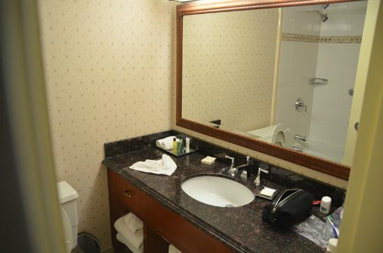 Granville Island Hotel: Room 2