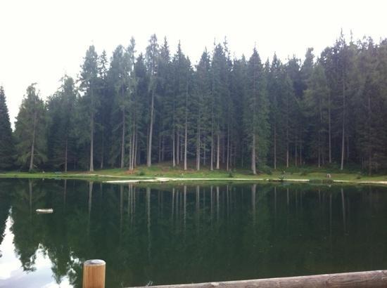 Ristorante Lago Pianozes: aperitivo a bordo lago