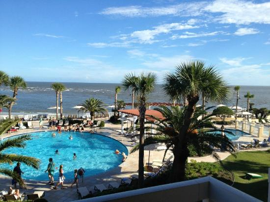 The King and Prince Beach and Golf Resort: King & Prince king oceanfront balcony - 3rd floor