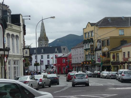 Killarney Royal: View down the street from the hotel