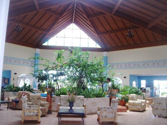 Lobby picture of hotel playa coco cayo coco tripadvisor for Muebles rey avila